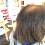 白髪が伸びると髪が薄く見える