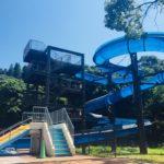 綾町の自然に囲まれたプール「綾てるはの森の宿 」ウォータースライダー・流れるプール?