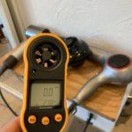 ダイソンのドライヤーの風量がどれ程のものなのか風速計で測って他のドライヤーと比べてみた!